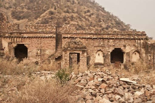 Visit to Haunted Bhangarh Fort In Alwar