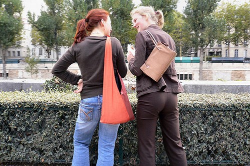 illegal for women to wear pants in france