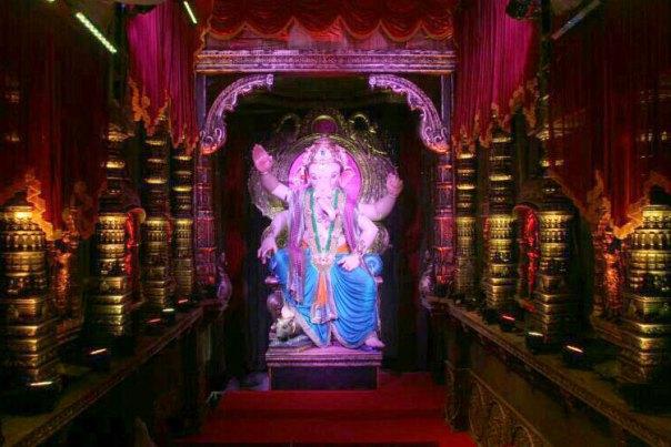 Mumbaicha Raja Ganesh Galli