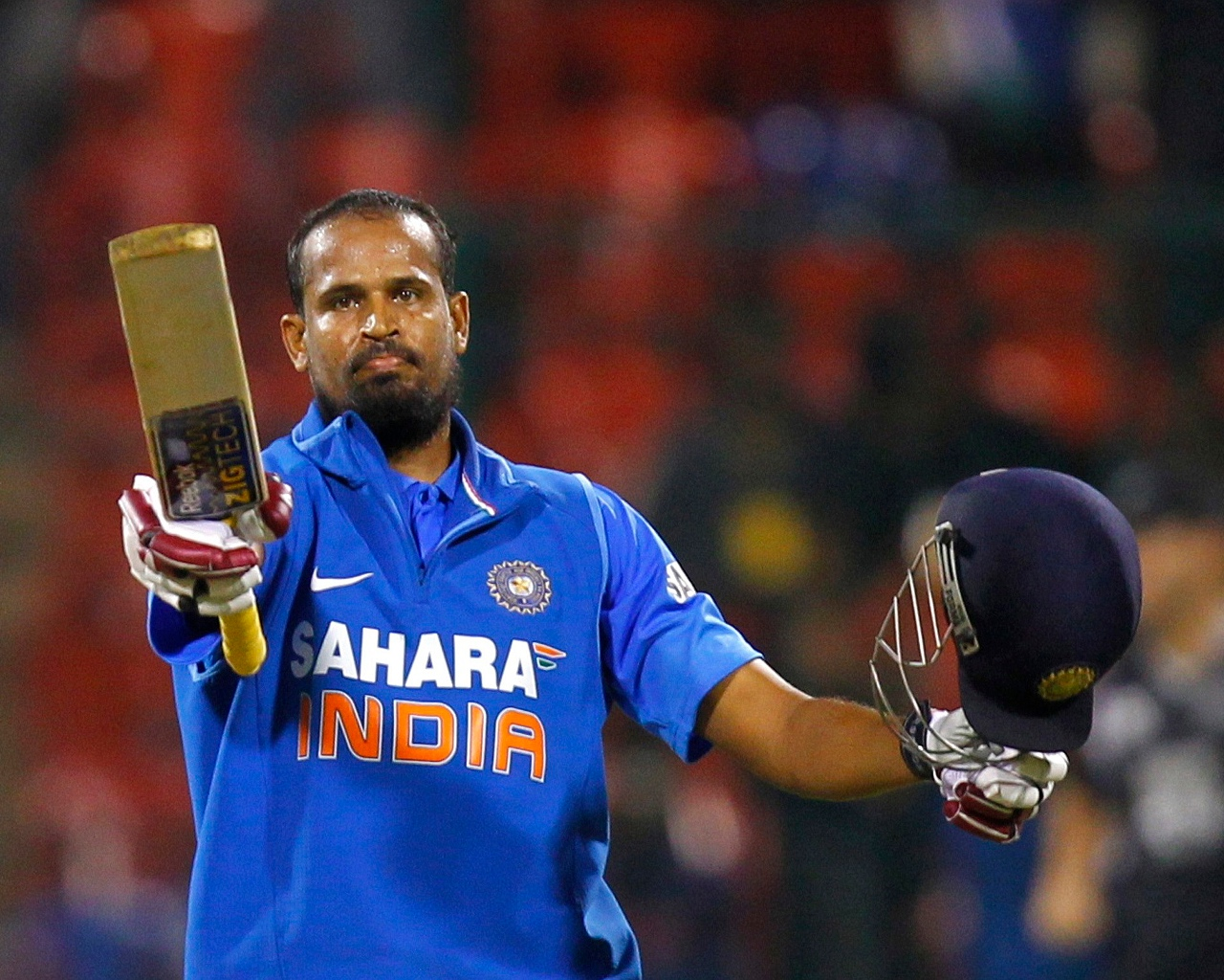 how much Yusuf Pathan earn