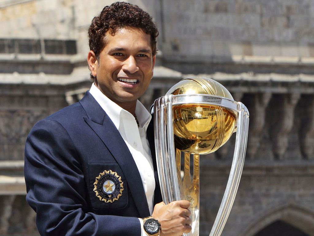 how much does sachin tendulkar earn