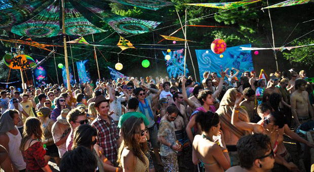 rave party in kasol parvati valley