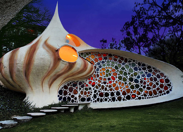 10 Crazy Weird And Amazing Homes Around The World