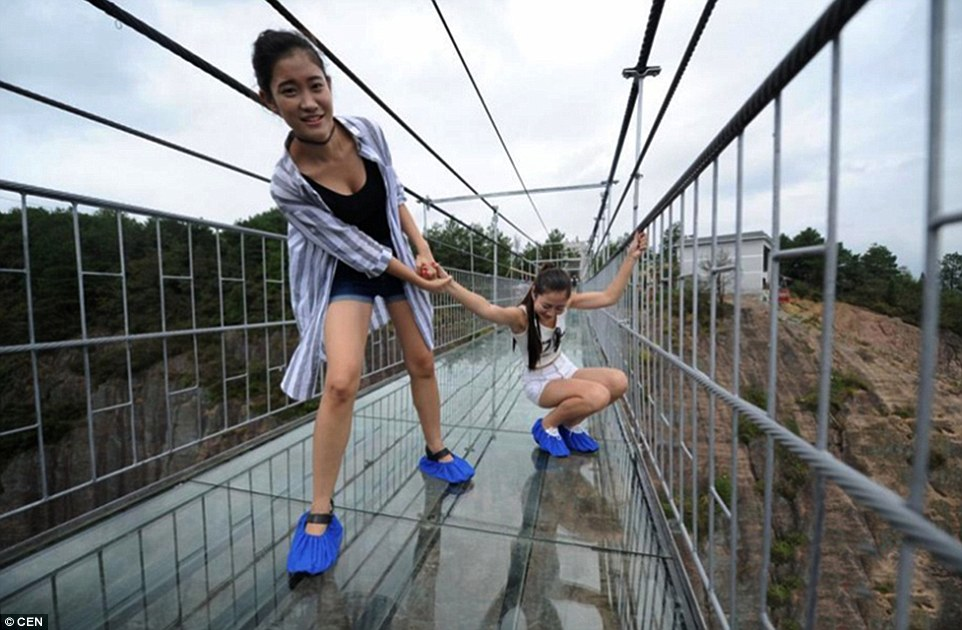 China Built A Big Scary 590 Feet High Glass Bridge Anyone Will Be Shit Scared To Walk On This
