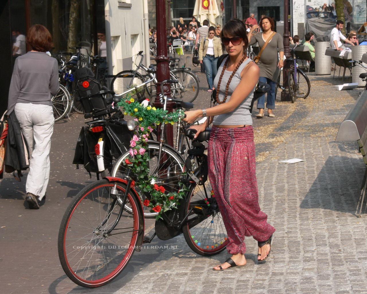 amasterdam safest city to travel in world