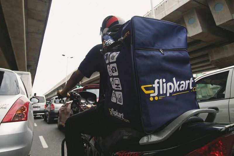flipkart courier boy
