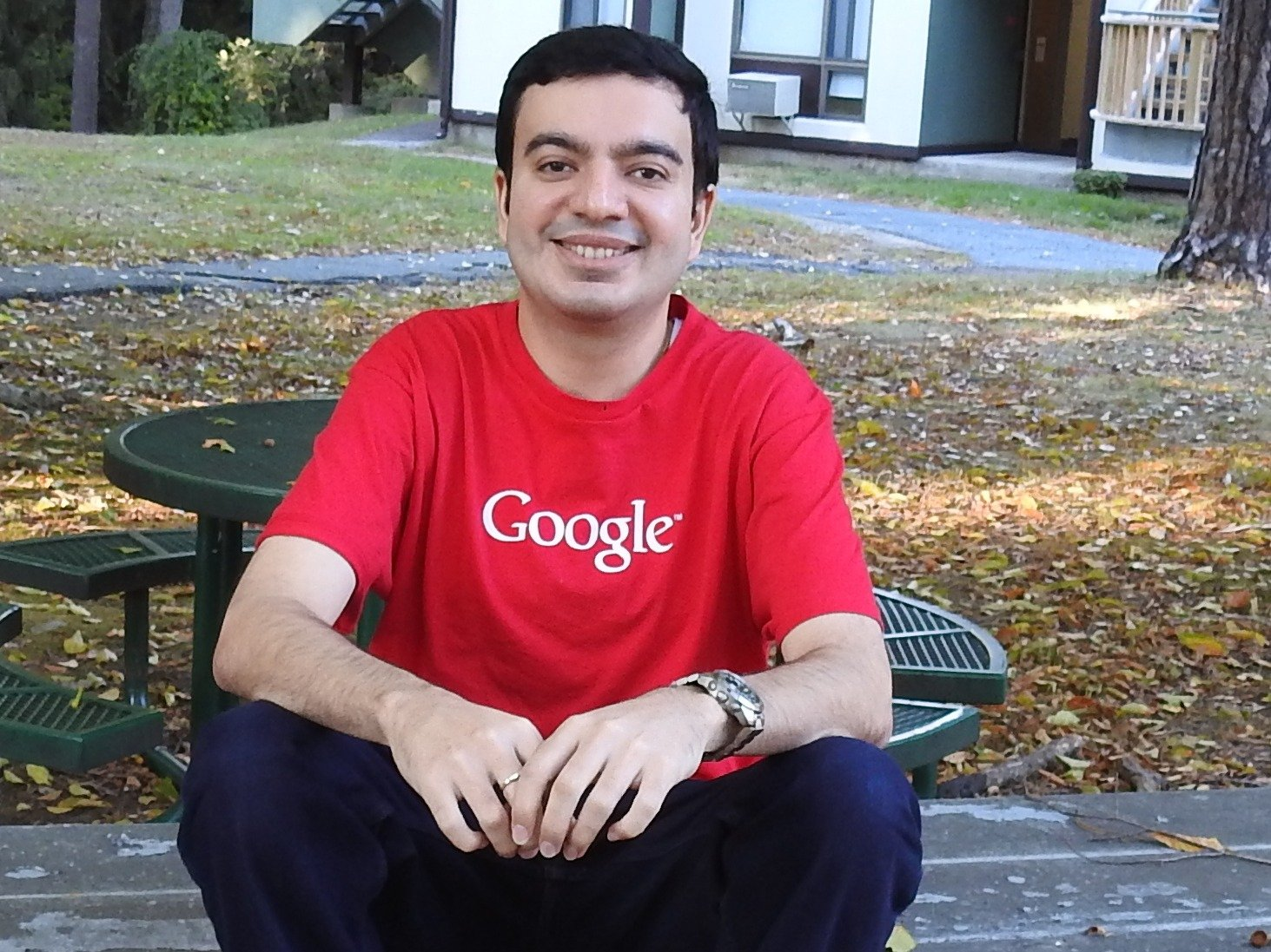 A Random Guy Bought Google.com Domain For Just $12 For 1 Minute