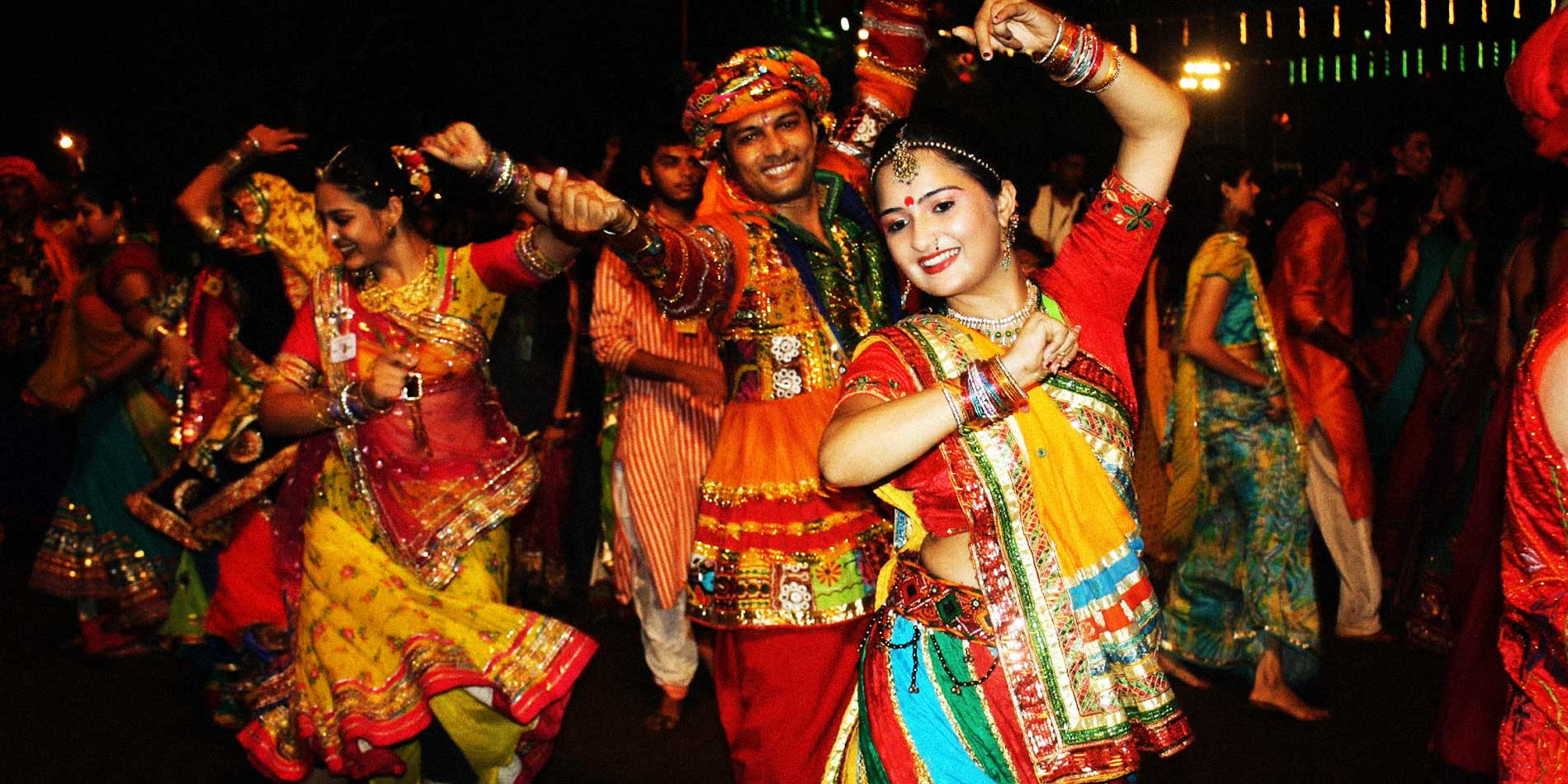 people look beautiful in chaniya choli and kurta in navratri