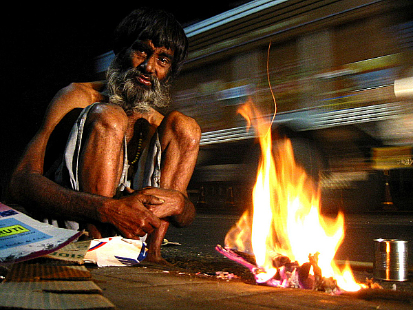 A Crorepati Beggar Gives Loans To Traders Worth Lakhs And Still Begs