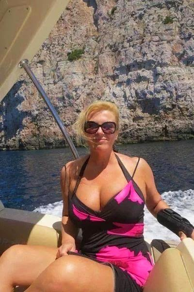 hot photos of president Kolinda