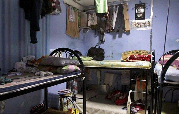 rooms of labourers in dubai sonapur
