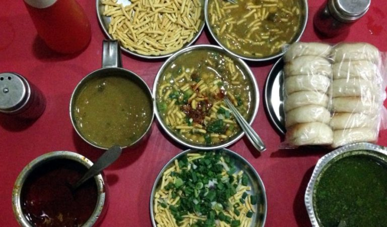 Top 10 Eateries Of Vadodara That You Should Try Out Once In Your Life