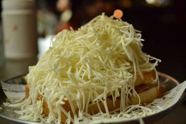 -samosa-sandwich-at-vishal-sandwich