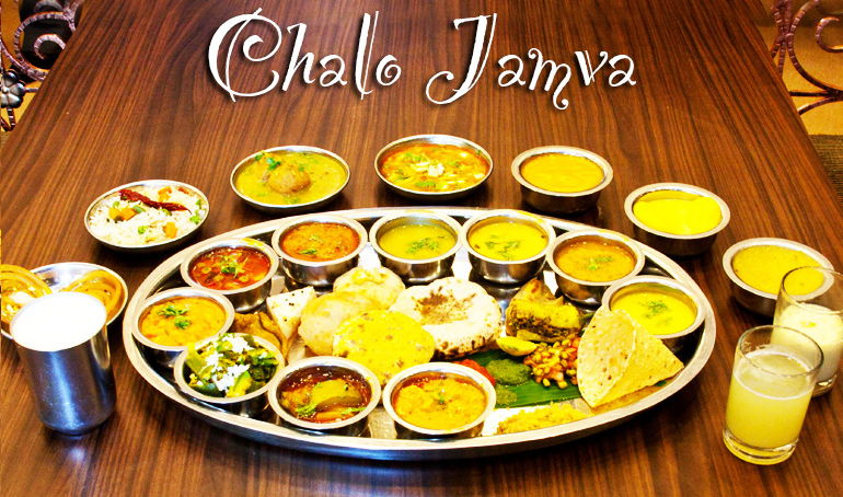 CheckOut These 10 Delicious Food Dishes Which You Can Get ONLYYYY In Ahmedabad