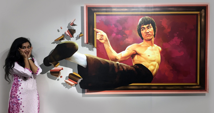 Bruce Lee's kick in chennai 3d museum