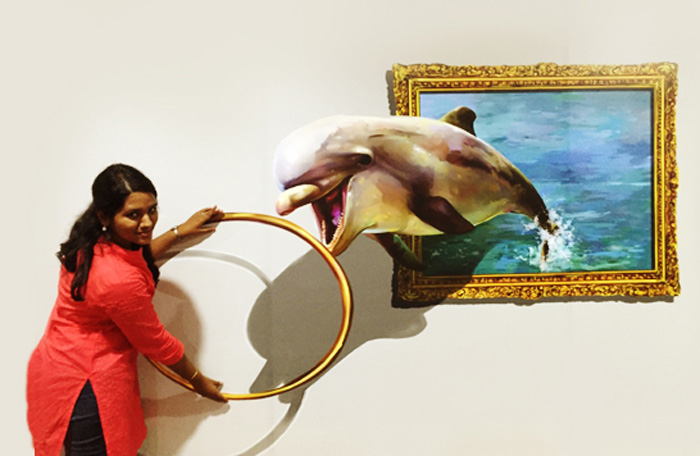 dolphin 3d painting in chennai museum