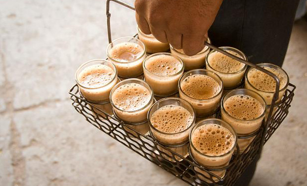 chai in monsoon