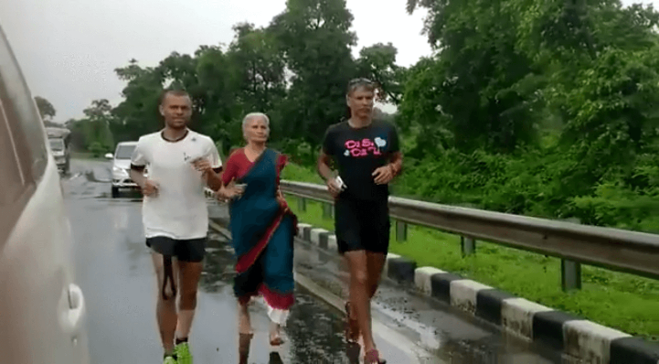 Milind Soman's Mother Joins Him On His Ahmedabad-Mumbai Run, Barefoot & In A Sari