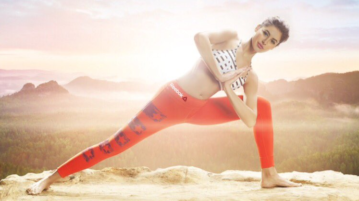 Nargis Fakhri's Hot Workout Photos Will Give You New Fitness Goal!