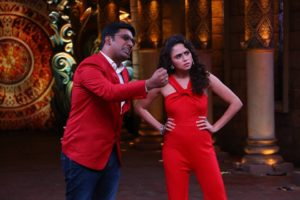 Vadodara's Former RJ Manan Desai is a part of Comedy Nights Bachao Team!