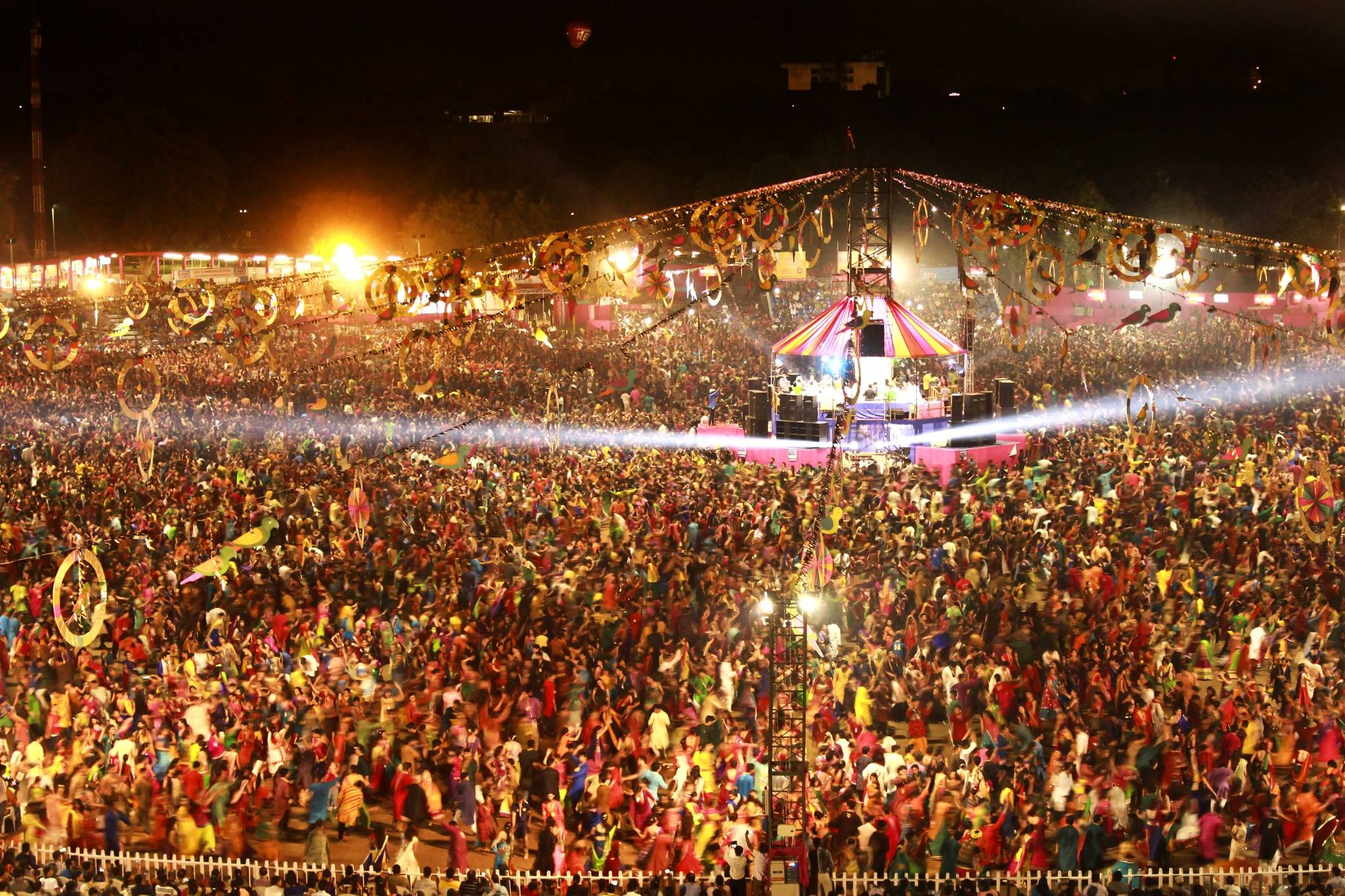 Famous Garba Venues in Vadodara that is a MUST visit ...