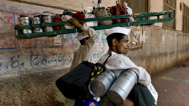 dabbawallas in mumbai