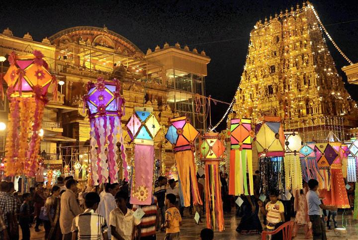 These 9 Photos Of Mumbai Taken During Diwali Will Blow