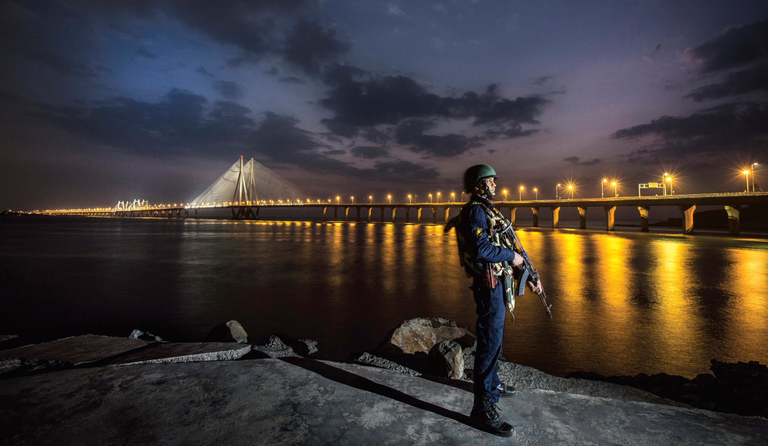 Are you a Mumbaikar? These quotes by Mumbai Police will motivate you to keep the city safe
