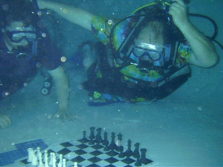 underwater chess in pune festival