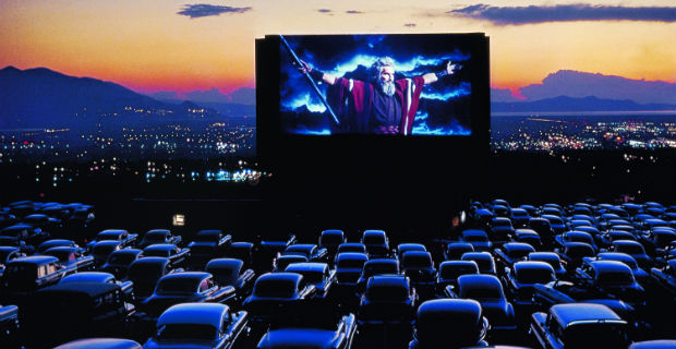 First Drive In Theatre To Open In Mumbai & It Will Just Cost You ₹1000