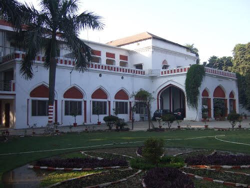 OEL House haunted in Lucknow