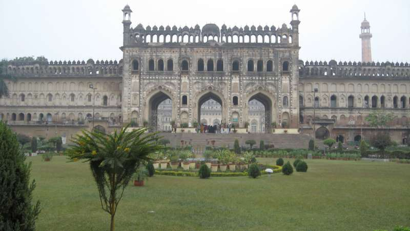 bara imambara haunted in lucknow
