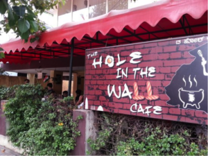 hole in the wall cafe bangalore