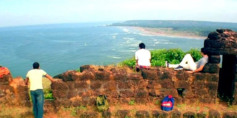 What Are The Best Options of Travelling From Mumbai To Goa