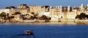 7 best Udaipur budget hotels and hostels with lake views--