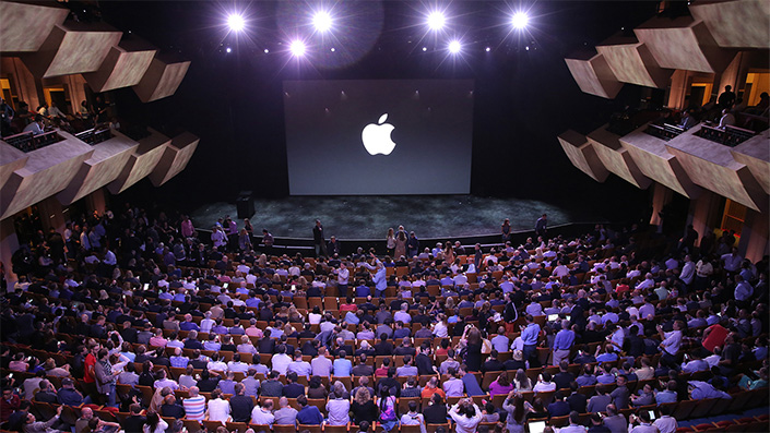 Latest Tweets about the Apple Event on Twitter