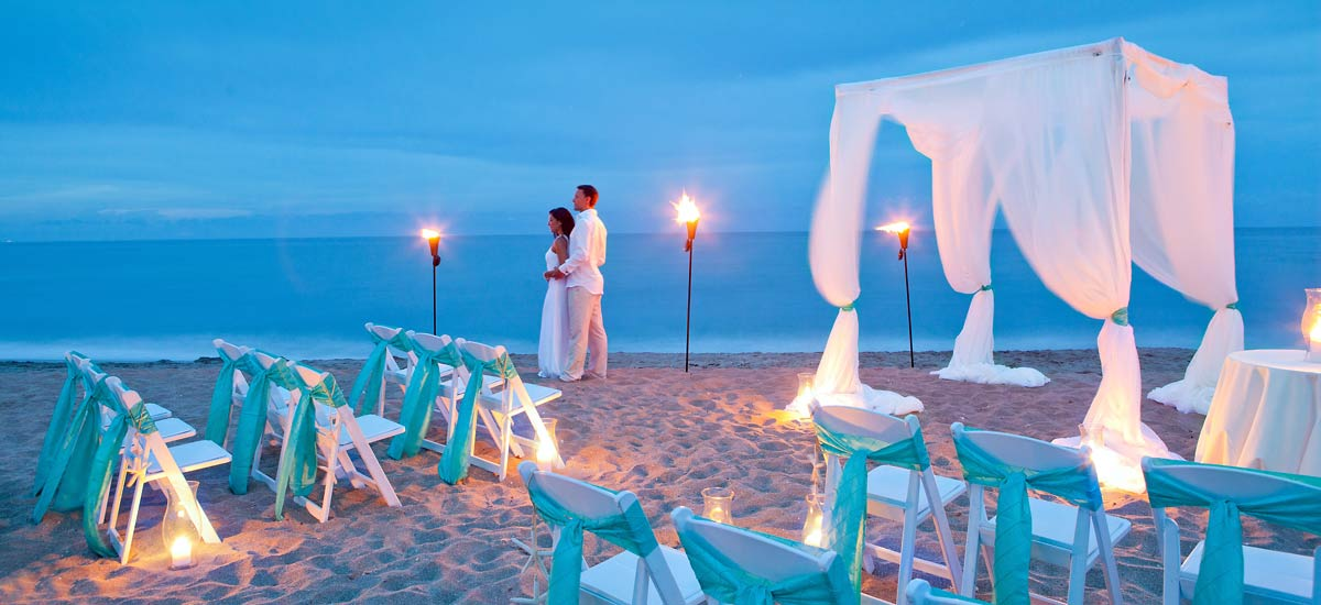 What to wear to a beach wedding top 10 best beach for Places to have a small wedding