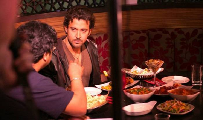 Filmstars dine at Restaurant in mumbai