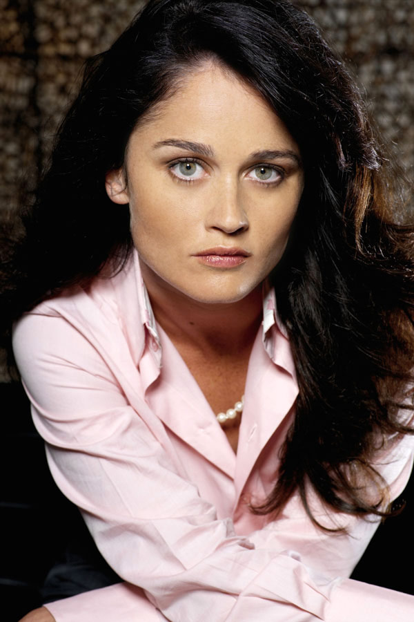 Robin Tunney hot photos download free