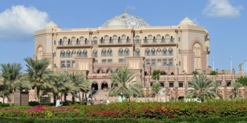 most luxurious hotel emirates-palace