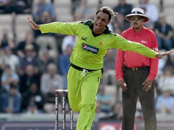 shoaib akhtar english