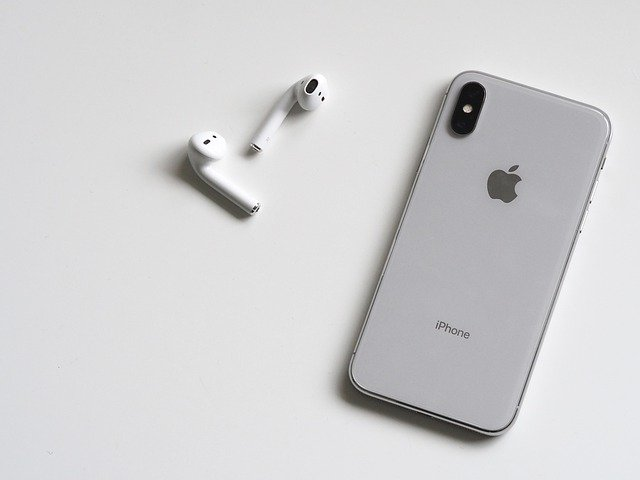 best airpods black friday deals cyber monday sale