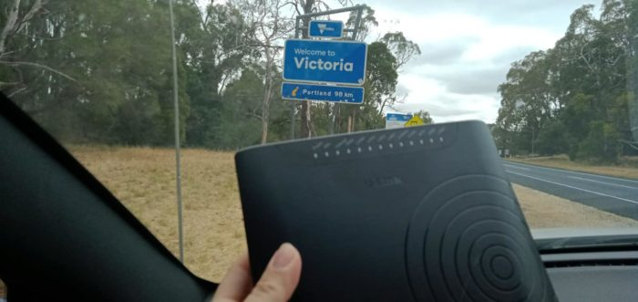 Aussie Couple Takes Their Wi-Fi Modem On Day-Trip As Their Kids Rejected to Join