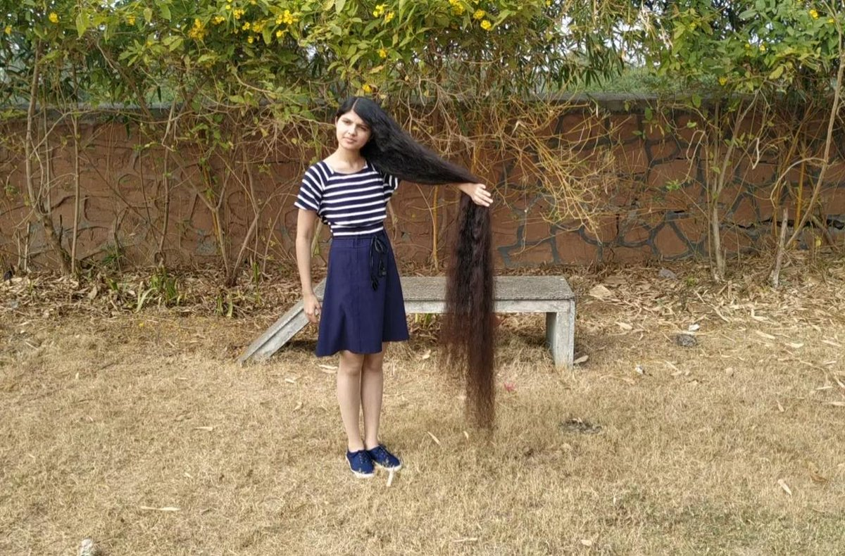 Meet The Gujarat Girl Who Set A World Record With Hair Over 6-Feet Long