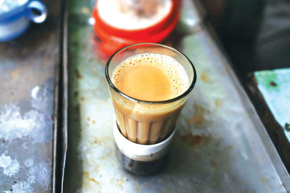 chai at vadodara railway station