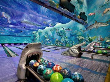 Bowling In An Underwater Aquarium