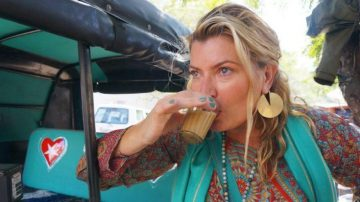 Woman From America Quits Her Job To Sell Chai : Earns Rs. 200 Crore Annually
