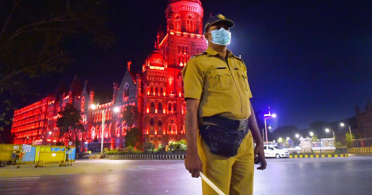 Mumbai Seals Borders With Major Suburbs to Combat Spread of COVID19