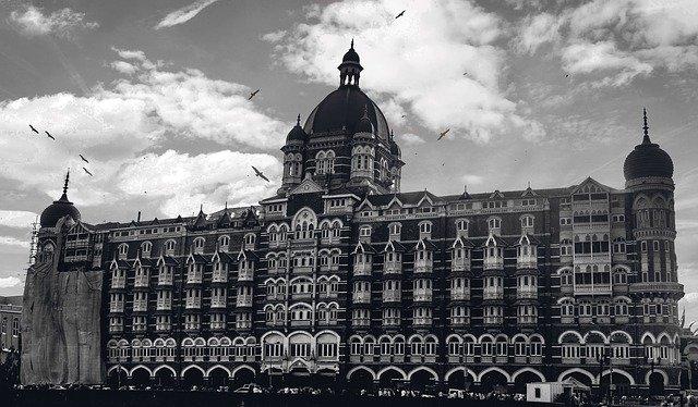Mumbai crosses 50,000 cases