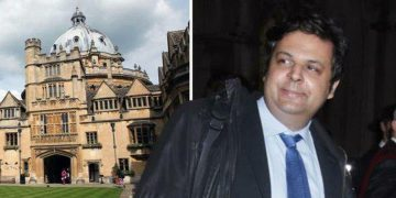 41 Year Old Man Graduated from Oxford Sued Parents And Asked For Life-Long Financial Support